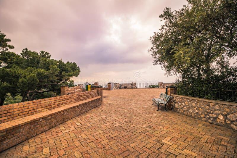 Os jardins pitorescos em Capri, It?lia de Augustus fotos de stock