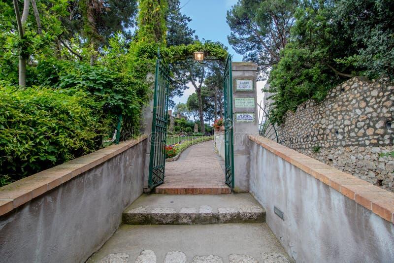 Os jardins pitorescos em Capri, It?lia de Augustus imagem de stock royalty free