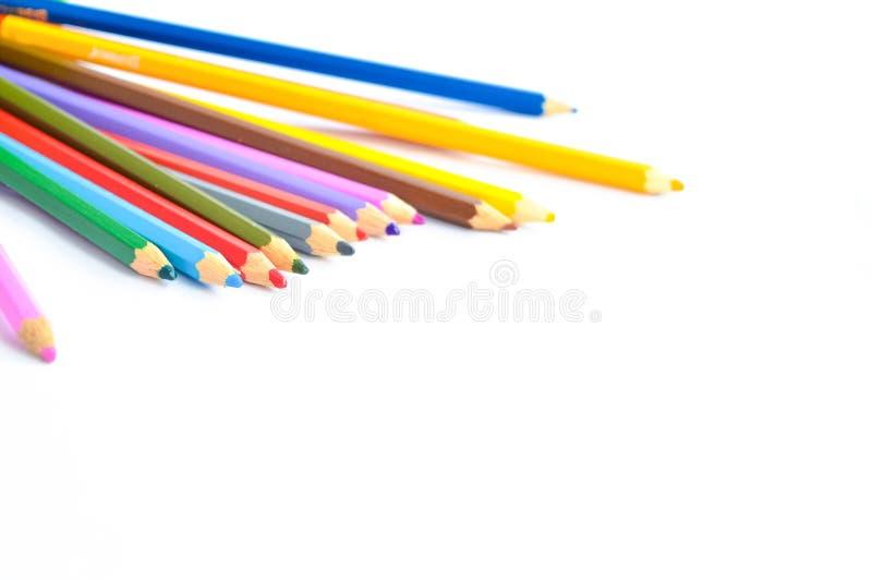 Os lápis coloridos são cobertos já e precisa de apontar imagens de stock royalty free