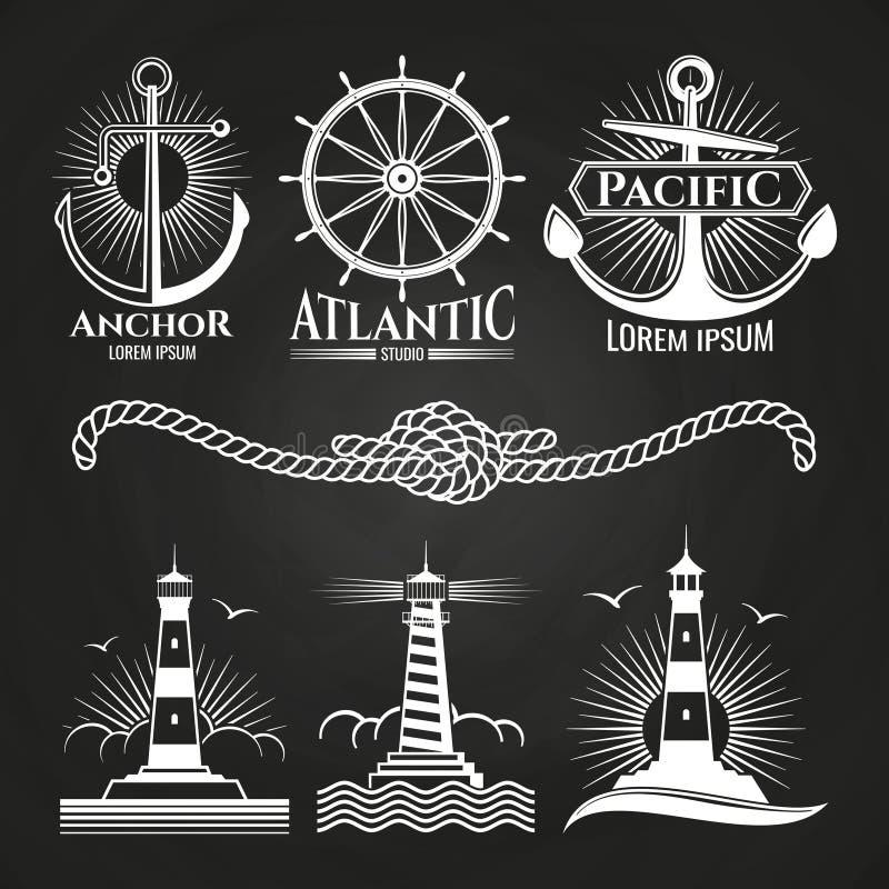 Os logotipos náuticos marinhos e os emblemas do vintage com faróis ancoram a corda ilustração royalty free