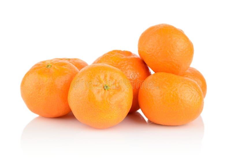 Os mandarino do tiro do estúdio, tangerinas no branco fotografia de stock royalty free