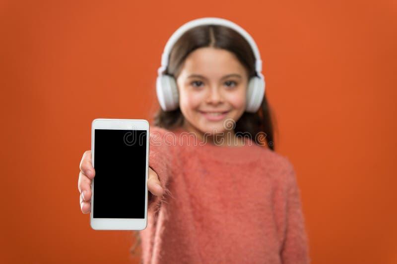 Os melhores apps da música para livre Escute livre Obtenha a assinatura da conta da música Acesso às músicas de milhões Aprecie o imagem de stock royalty free