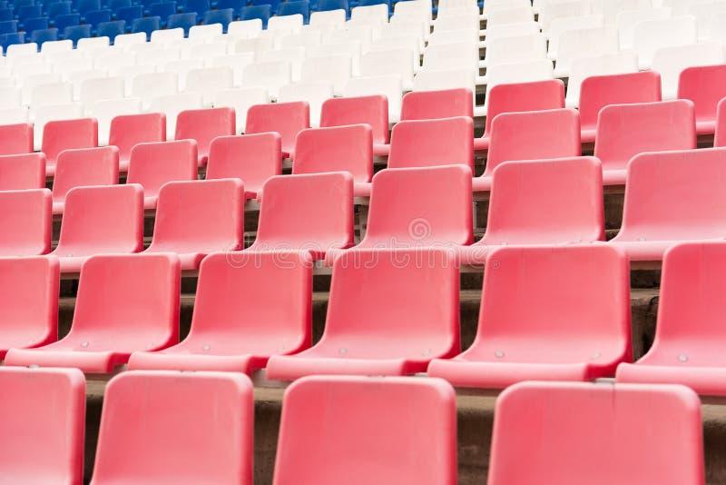 Os mesmos assentos do plástico foto de stock