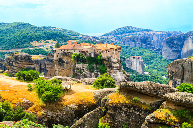 Os monastérios de Meteora fotografia de stock royalty free