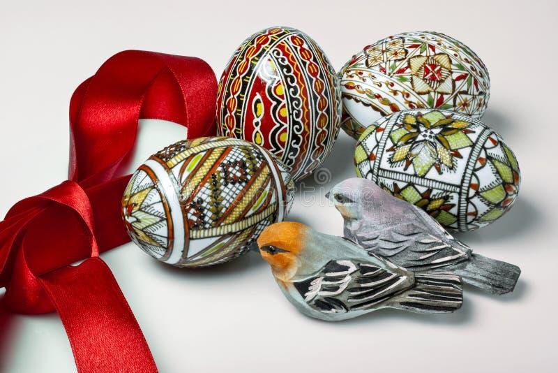 Download Ovos da páscoa imagem de stock. Imagem de pássaro, pequeno - 29843979