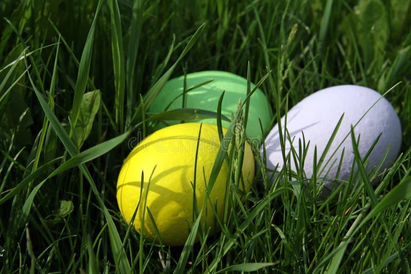 Os ovos pintados Páscoa fotografia de stock