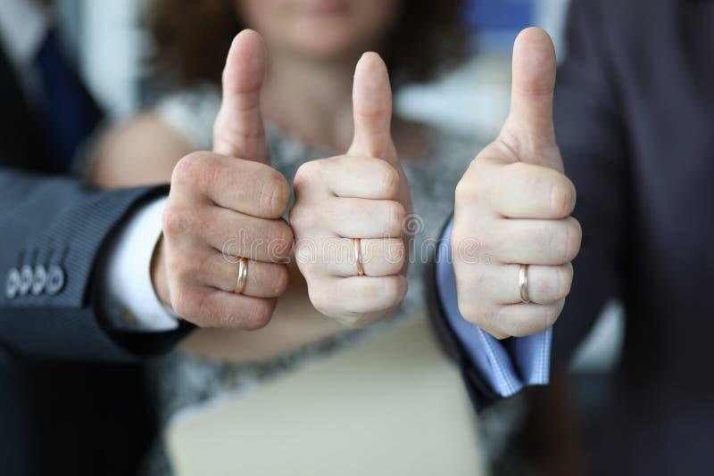 Os participantes de conferência expressam sua aprovação foto de stock royalty free