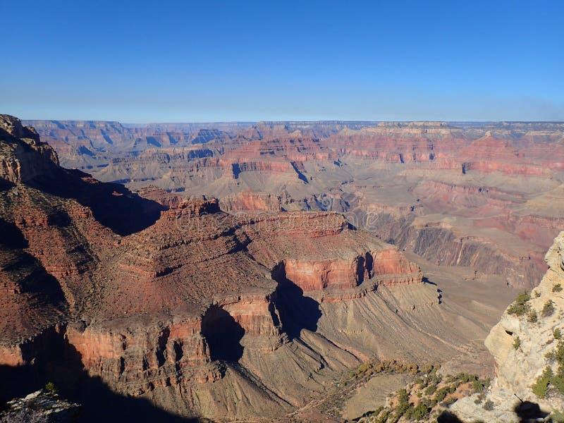 Os penhascos alaranjados do Grand Canyon foto de stock royalty free