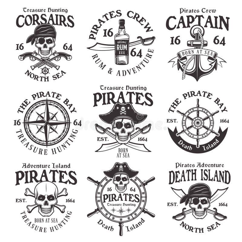 Os piratas ajustaram-se de emblemas ou de crachás do vintage do vetor ilustração royalty free
