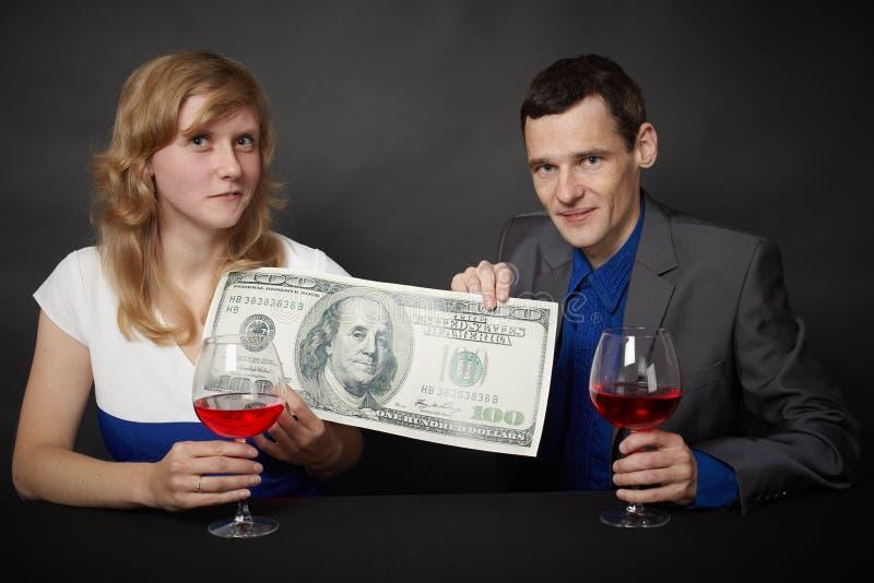 Download Os Povos Comemoram A Recepção Da Concessão Foto de Stock - Imagem de bônus, mãos: 16872194