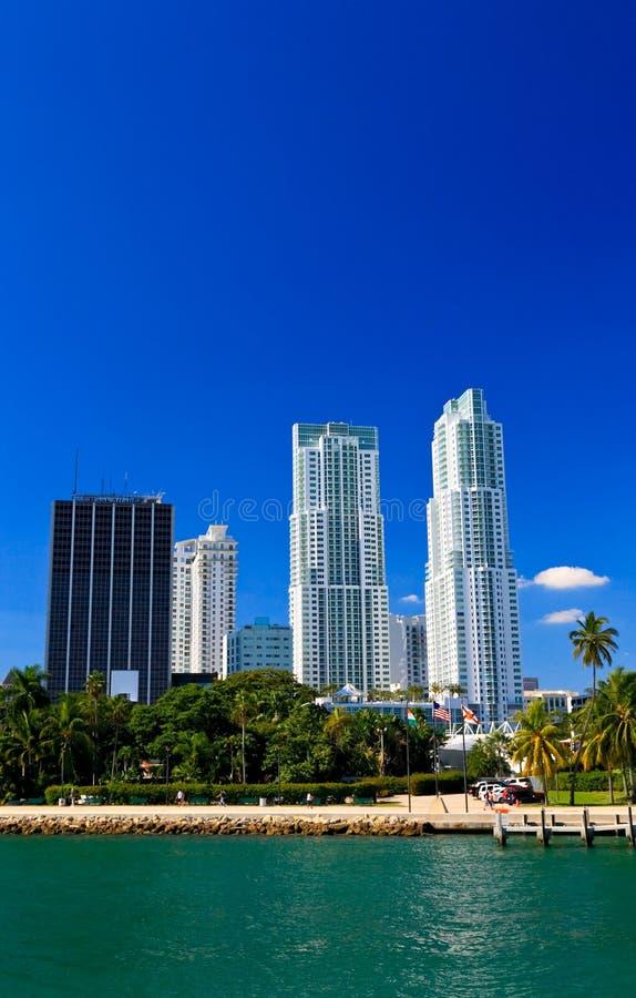 Os prédios em Miami da baixa imagem de stock