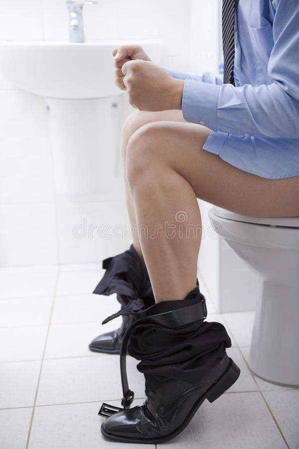 Os problemas digestivos gostam da constipação ou da diarreia. imagens de stock