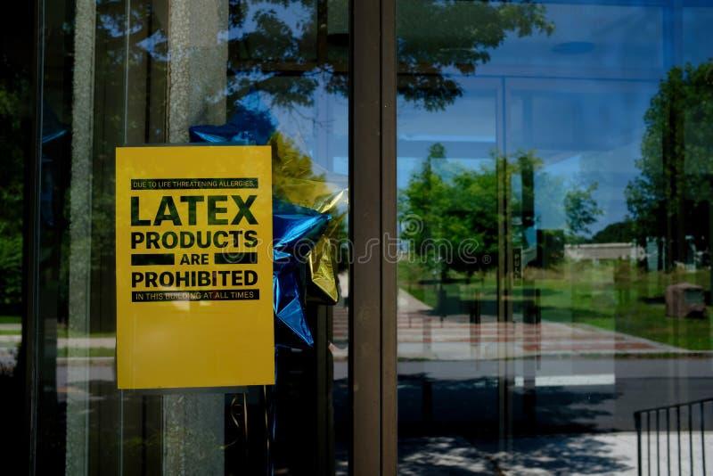 Os produtos do látex proibiram o risco para a saúde foto de stock
