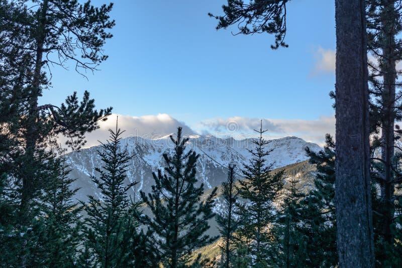 Os Pyrenees em Andorra fotografia de stock royalty free
