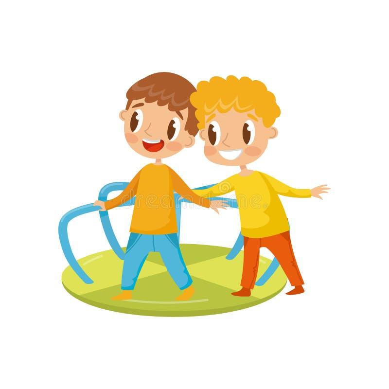 Os rapazes pequenos que jogam com alegre vão o círculo, crianças em uma ilustração do vetor do campo de jogos em um fundo branco ilustração royalty free