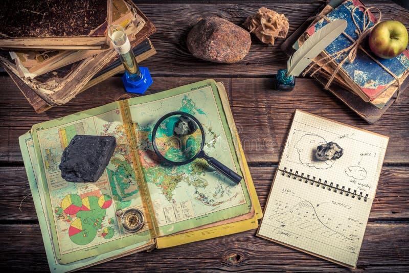 Os recursos naturais da terra discutidos na geografia classificam fotografia de stock royalty free