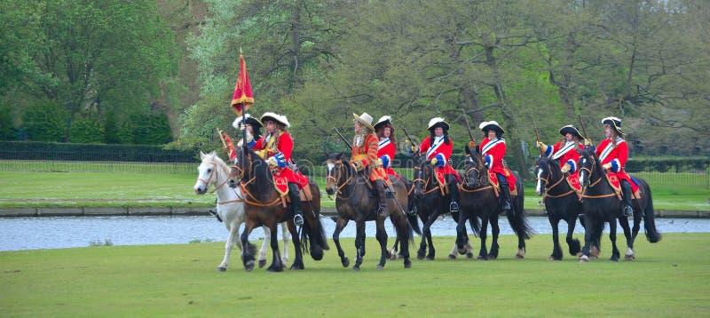 Os reis Salva-vidas do grupo do reenactment do regimento do cavalo fotografia de stock royalty free