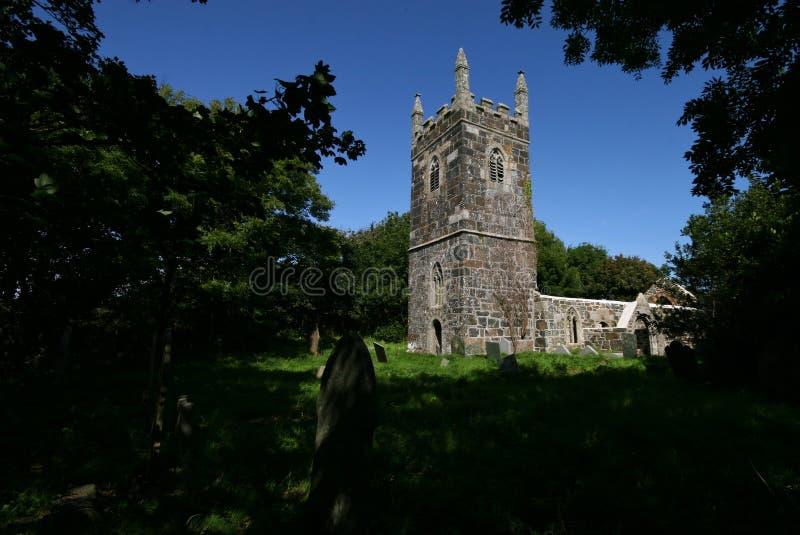 Download Os Remains Da Igreja Do St Rumons Foto de Stock - Imagem de árvore, ruína: 12812312