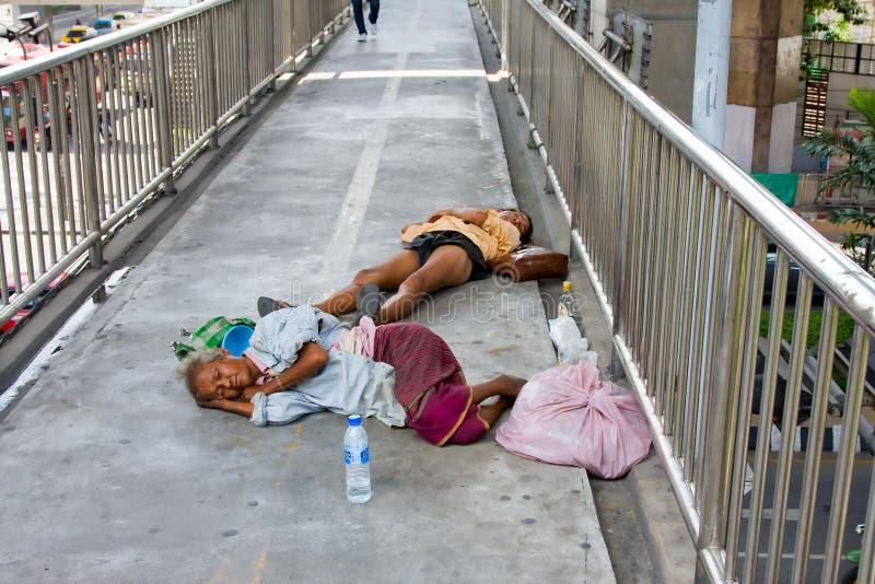 Os sem-abrigo em Tailândia imagem de stock