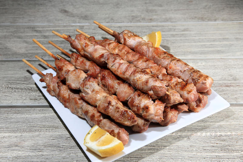 Skewers da carne de porco fotos de stock royalty free