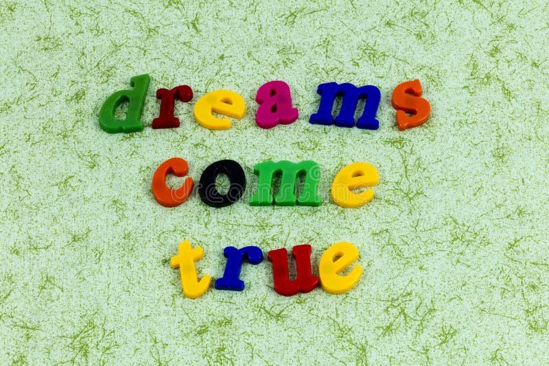 Os sonhos vêm liderança mágica da aventura do sonhador verdadeiro bonita imagem de stock