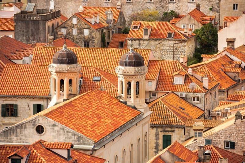 Os telhados telhados de Dubrovnik imagens de stock