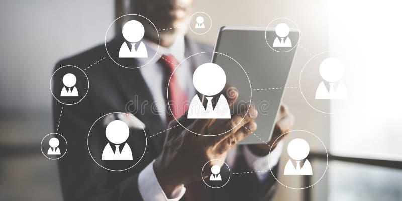 Os trabalhos em rede da rede comunicam o conceito da conexão de uma comunicação fotos de stock