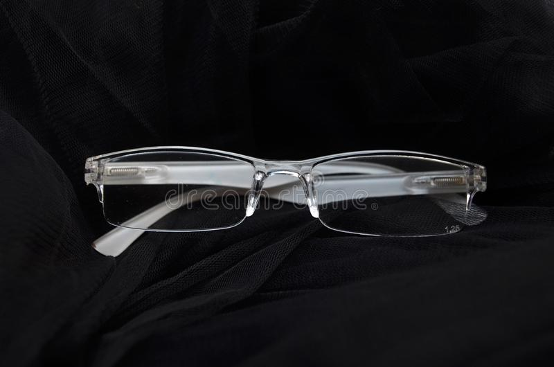 Os vidros são branco transparente transparente foto de stock