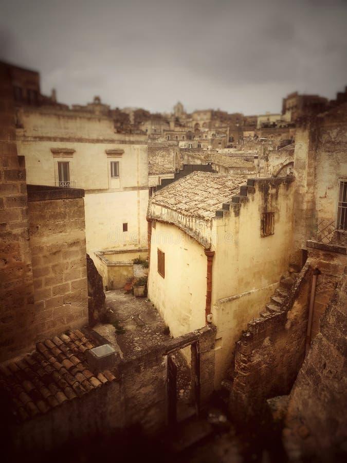 Osacza w wąskich ulicach Matera, Włochy zdjęcia royalty free