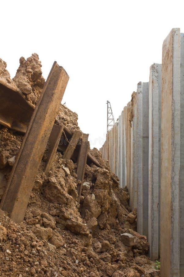 Download Osadzać wielkiego beton. obraz stock. Obraz złożonej z energia - 28963047