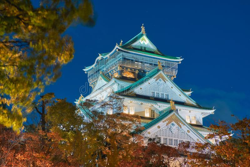 Osaka Castle bij nacht, Osaka, Japan royalty-vrije stock foto