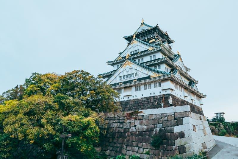 Osaka Castle i höstsäsong, en av den mest berömda gränsmärket arkivbild
