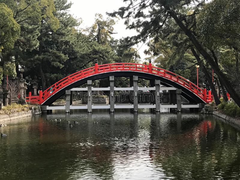 Osaka, Japan - Taiko Drum Bridge van Sumiyoshi Taisha Groot S stock afbeelding