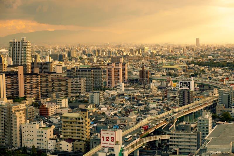 Osaka Japon - 7 novembre 2018 : manière de vue courbe et banlieue noire exprès de ville Japon d'Osaka photographie stock