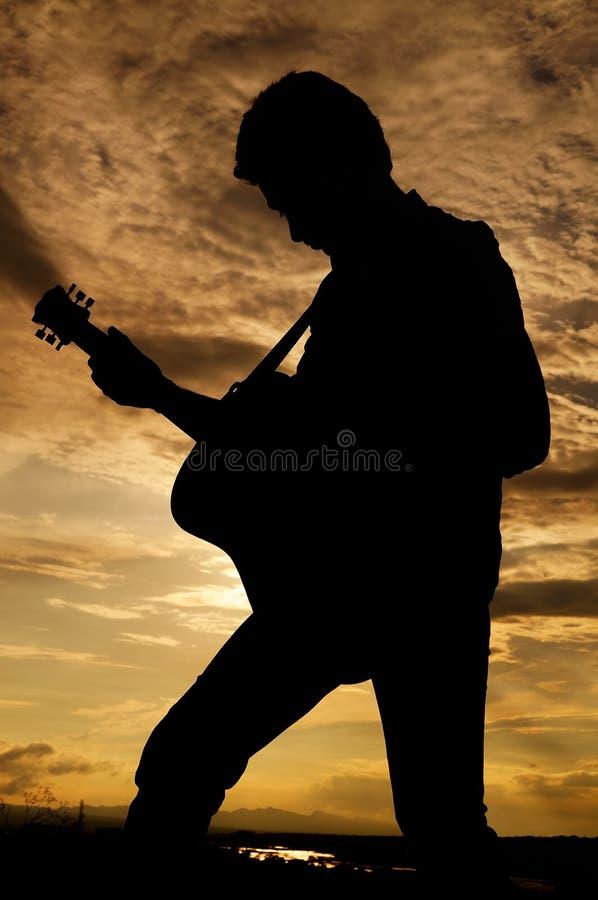 Osamotniony gitarzysta obraz stock