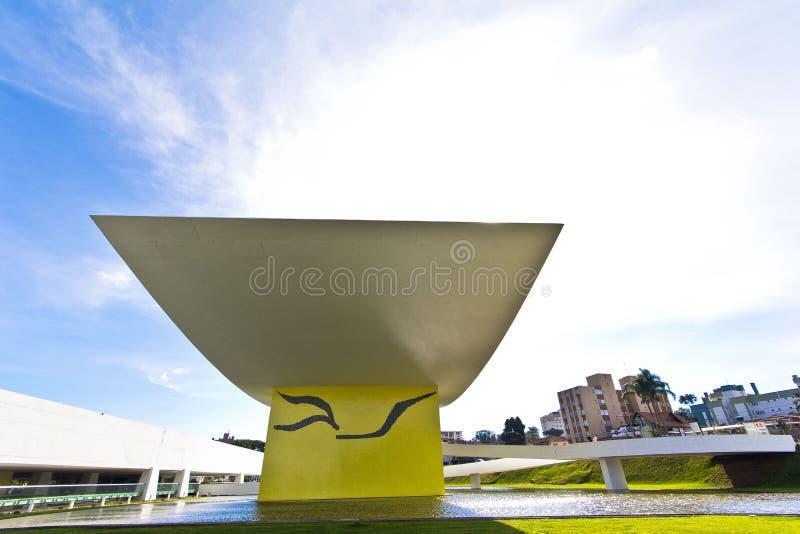 Oscar Niemeyer Museu, Curitiba, Brasile fotografia stock libera da diritti