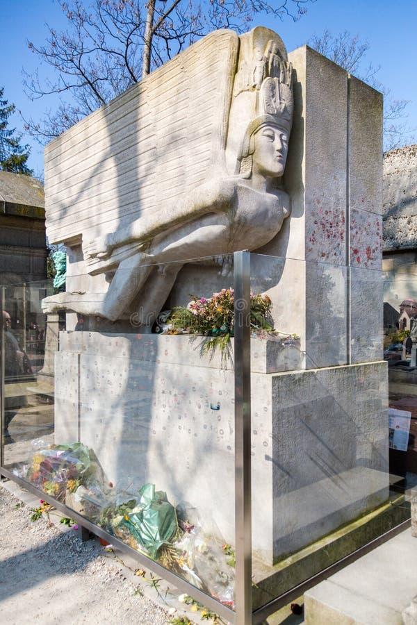 Oscar Wilde mausoleum fotografering för bildbyråer