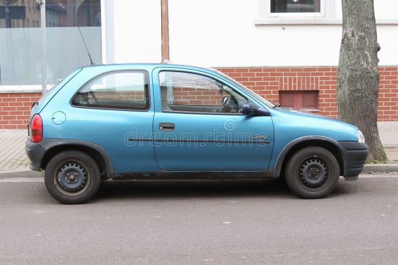 Oscillazione blu di Opel Corsa fotografie stock libere da diritti