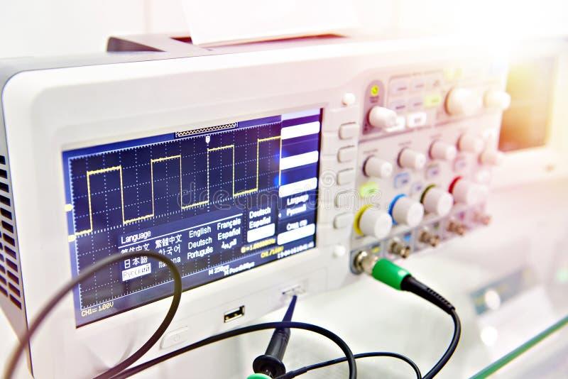 Oscilloscopio di Digital fotografia stock libera da diritti