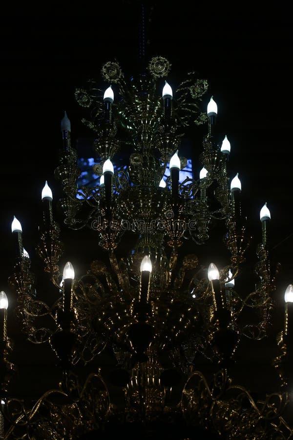 Oscuridad illuminating cristalina del accesorio de iluminación foto de archivo