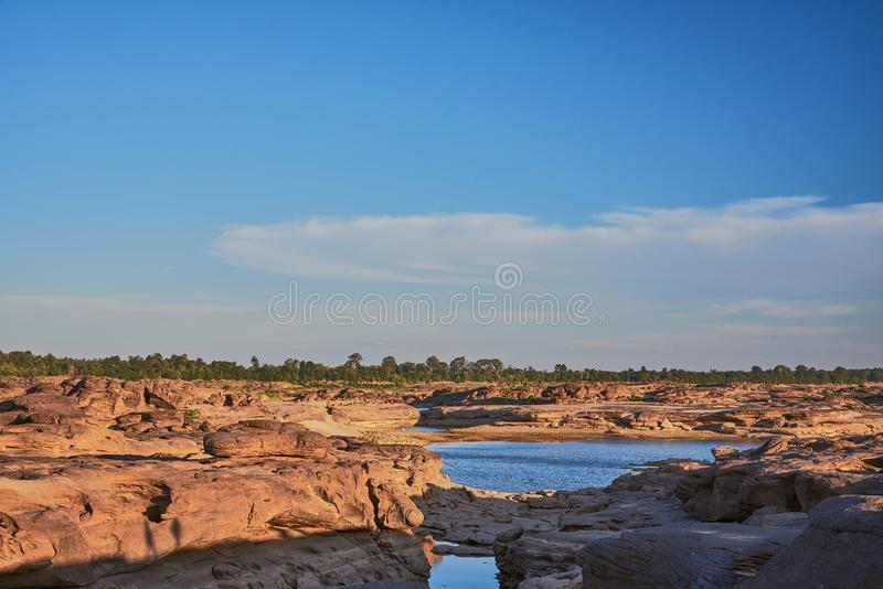 Osedda Thailand 'Sam Pan Bok 'Grand Canyon av Thailand royaltyfria foton