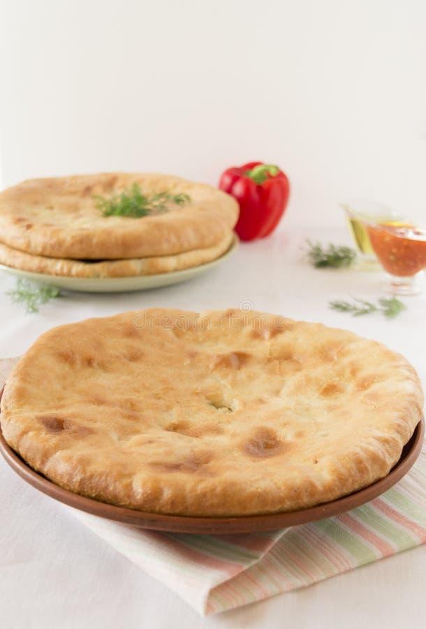 Osetyjski kulebiak z grulami i serem zdjęcie royalty free