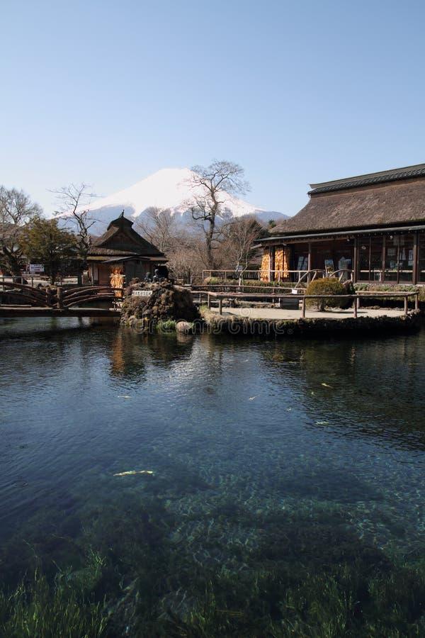 Oshino Hakkai i Mt fuji zdjęcia stock