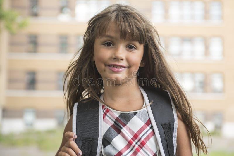 Osiem lat szkolna dziewczyna fotografia stock