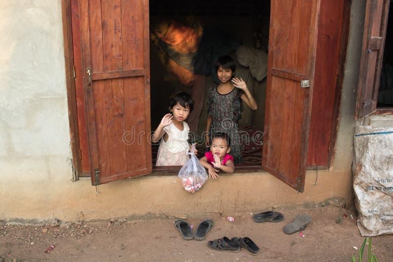 Osieroceni dzieci obrazy royalty free