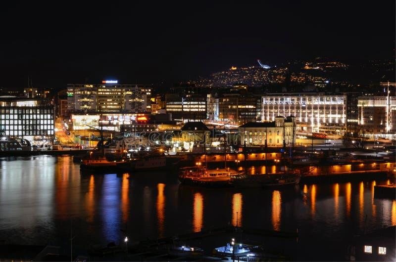 Oslo en la noche foto de archivo libre de regalías