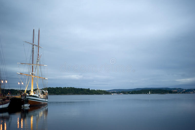 Download Oslo harbor stock photo. Image of reflection, city, northern - 16732902