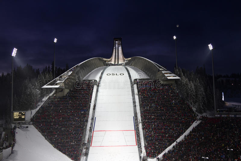 OSLO, NORUEGA - 24 DE FEBRERO: Esquí nórdico C del mundo de FIS fotografía de archivo libre de regalías