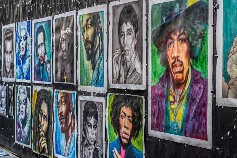 OSLO NORWEGIA, LIPIEC, - 2015: Osobistość portreta obraz na ulicie Karl Johans brama, Oslo, Norwegia zdjęcia royalty free