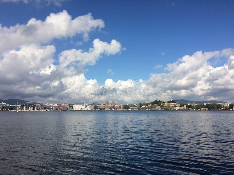 Oslo panorama på en solig dag royaltyfri fotografi